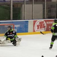 01-02-2015_Eishockey_Memmingen_Indians-ECDC_ Hoechstadt_match_Fuchs_new-facts-eu0067