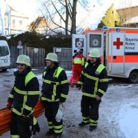11-02-15_BY_Memmingen_Baustelle_medizinischer-Notfall_Feuerwehr_Poeppel_new-facts-eu0005