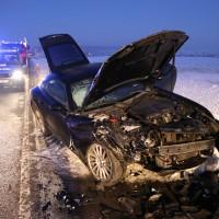13-02-15_BW_Erolzheim_Kirchdorf_Unfall_Traktor_Pkw_Feuerwehr_Poeppel_new-facts-eu0011
