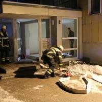 14-02-15_BY_Memmingen_Wohnungsbrand-Hochhaus_Feuerwehr_Poeppel_new-facts-eu0001