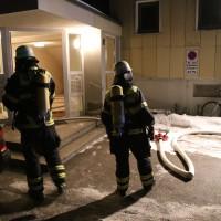 14-02-15_BY_Memmingen_Wohnungsbrand-Hochhaus_Feuerwehr_Poeppel_new-facts-eu0005
