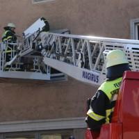 07-04-15_BY_Memmingen_Brand-Wohnung_Bahnhofstrasse_Feuerwehr_Poeppel_new-facts-eu0019