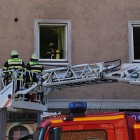 07-04-15_BY_Memmingen_Brand-Wohnung_Bahnhofstrasse_Feuerwehr_Poeppel_new-facts-eu0028