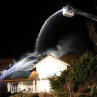 15-04-15_BY_Unterallgaeu_Ottobeuren_Brand_Dachstuhl_Feuerwehr_Poeppel_new-facts-eu0003