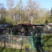 20-04-15_BY_Memmingen_Brand-Gartenlaube_Feuerwehr_Poeppel_new-facts-eu0001