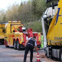 24-04-15_A96_Wangen_Lkw-Unfall_Feuerwehr_Poeppel_new-facts-eu0047