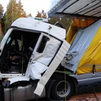24-04-15_A96_Wangen_Lkw-Unfall_Feuerwehr_Poeppel_new-facts-eu0124