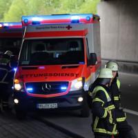05-05-15_A96-Memmingen_Unfall_Feuerwehr_Poeppel_New-facts-eu0011
