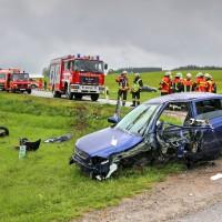 VU-schwer-eingeklemmt-Rettungsdienst-Rettungshubschrauber-st2012 (14)_tonemapped