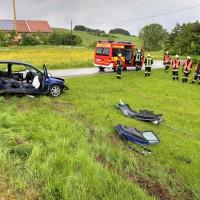 VU-schwer-eingeklemmt-Rettungsdienst-Rettungshubschrauber-st2012 (26)_tonemapped
