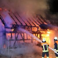 19-06-15_BY_Unterallgaeu_Lautrach_Brand_Stadel_Feuerwehr_Poeppel_new-facts-eu0014
