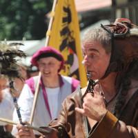 12-07-2015_BY-Kaltenberg-Festspiele_2015_Umzug_Kuehnl_new-facts-eu0300