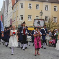 23-07-2015_Memminger-Kinderfest-2015_Umzug_Kuehnl_new-facts-eu0085