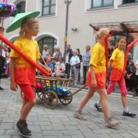 23-07-2015_Memminger-Kinderfest-2015_Umzug_Kuehnl_new-facts-eu0123