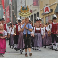 23-07-2015_Memminger-Kinderfest-2015_Umzug_Kuehnl_new-facts-eu0172