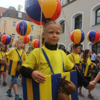 23-07-2015_Memminger-Kinderfest-2015_Umzug_Kuehnl_new-facts-eu0181