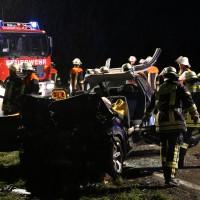24-08-2015_BY-B300_Babenhausen_Unfall_Feuerwehr_Poeppel_new-facts-eu0063