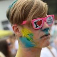 AdobeBridgeBatchRenameTemp1501-08-2015_Farbgefuehle_Memmingen_Allgaeu-Airport_Poeppel_new-facts-eu0015