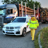 Unfall-Motorrad-Marktoberdorf-Geisenried-B472-schwer-verletzt-PKW-Rettungsdienst-Notarzt-Bringezu-new-facts (3)