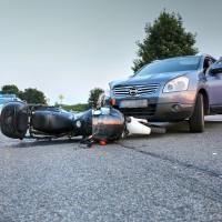 Unfall-Motorrad-Marktoberdorf-Geisenried-B472-schwer-verletzt-PKW-Rettungsdienst-Notarzt-Bringezu-new-facts (6)