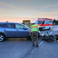 Unfall-Motorrad-Marktoberdorf-Geisenried-B472-schwer-verletzt-PKW-Rettungsdienst-Notarzt-Bringezu-new-facts (8)