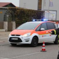 12-10-2015_Memmingen_allgaeuerstrasse_schweizering_Kradunfall_Feuerwehr_Poeppel_new-facts-eu0007