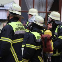 21-10-2015_Memmingen_Zimmerbrand_Theaterplatz_Feuerwehr_Poeppel_new-facts-eu027