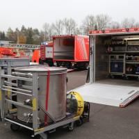 31-10-2015_Biberach_Dettingen-Iller_Chemie_Gefahrgut_Lidl_Feuerwehr_Poeppel_new-facts-eu0075