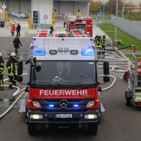 31-10-2015_Biberach_Dettingen-Iller_Chemie_Gefahrgut_Lidl_Feuerwehr_Poeppel_new-facts-eu0099