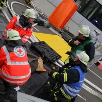 31-10-2015_Biberach_Dettingen-Iller_Chemie_Gefahrgut_Lidl_Feuerwehr_Poeppel_new-facts-eu0101