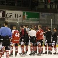 06-11-2015_Memmingen_Eishockey_Randale_Indians_ECDC_Hoechstadt_Polizei_Fuchs_new-facts-eu0090