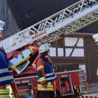 07-11-2015_Biberach_Gutenzell-uebung_Bauernhof-Brand_Feuerwehr_new-facts-eu0017