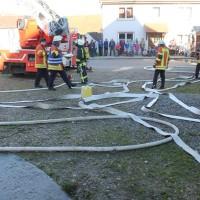 07-11-2015_Biberach_Gutenzell-uebung_Bauernhof-Brand_Feuerwehr_new-facts-eu0034