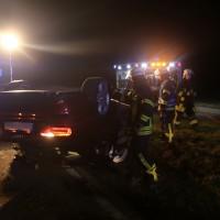 13-11-2015_Biberach_Erolzheim_Kirchdorf_Unfall_Feuerwehr_Poeppel_new-facts-eu0016