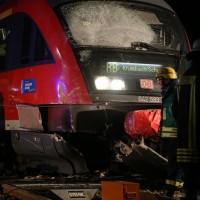 2015_BY_Unterallgaeu_Breitenbrunn_Unfall_Regionalzug_Linienbus_Feuerwehr_Poeppel_new-facts-eu0011