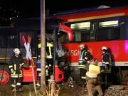 2015_BY_Unterallgaeu_Breitenbrunn_Unfall_Regionalzug_Linienbus_Feuerwehr_Poeppel_new-facts-eu0034