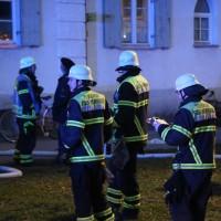 03-01-2016_Memmingen_Metzgerweg_Zimmerbrand_Verletzte_Feuerwehr_Poeppel_new-facts-eu0006