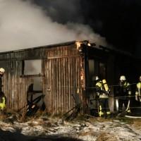 22-01-2016_Unterallgaeu_Erkheim_Brand_Stallung_Feuerwehr_Poeppel_new-facts-eu_mm-zeitung-online_0006