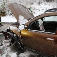 31-01-2016_Unterallgäu_Westerheim_Erkheim_Unfall_Schneeglaette_Feuerwehr_Poeppel_new-facts-eu_mm-zeitung-online_017
