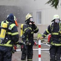 03-02-2016_Memmingen_Brand_Hochhaus-Heizungsanlage_Feuerwehr_Poeppel_new-facts-eu_mm-zeitung-online_024