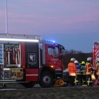 21-02-2016_BW_B312_Erlenmoos_Unfall_Feuerwehr_Polizei_Poeppel_new-facts-eu_mm-zeitung-online028