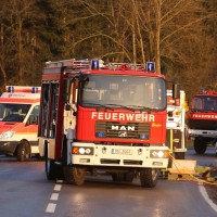 22-02-2016_B300_Unterallgaeu_Babenhausen_Unfall_Feuerwehr_Poeppel_new-facts-eu_mm-zeitung-online001