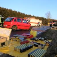 22-02-2016_B300_Unterallgaeu_Babenhausen_Unfall_Feuerwehr_Poeppel_new-facts-eu_mm-zeitung-online019