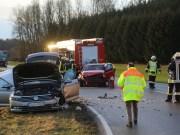 22-02-2016_B300_Unterallgaeu_Babenhausen_Unfall_Feuerwehr_Poeppel_new-facts-eu_mm-zeitung-online026