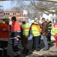 26-02-2016_BY_Memmingen, Wohnungsbrand_Mehrfamilienhaus-Feuerwehr_Polizei_Festnahme_Poeppell_new-facts-eu010