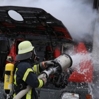 16-03-2016_Memmingen_Volkratshofen_Lkw-Brand_Feuerwehr_Poeppel_new-facts-eu004