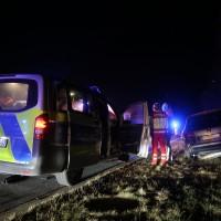 17-03-2016_A96-Aichstetten_Leutkirch_Unfall_Pannenfahrzeug_Polizeikombi_Auffahrer_Fluechtiger_Poeppel_new-facts-eu025