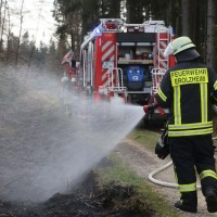 04-04-2016_Biberach_Tannheim_Rot_Waldbrand_Feuerwehr_Poppel20160404_0035