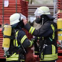 19-04-2016_Biberach_Gutenzell_Brand_Silo_Saegemehl_Feuerwehr_Poeppel20160419_0010