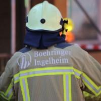 21-04-2016_Biberach_Großbrand_Gebaeude_Feuerwehr_Poeppel20160421_0019